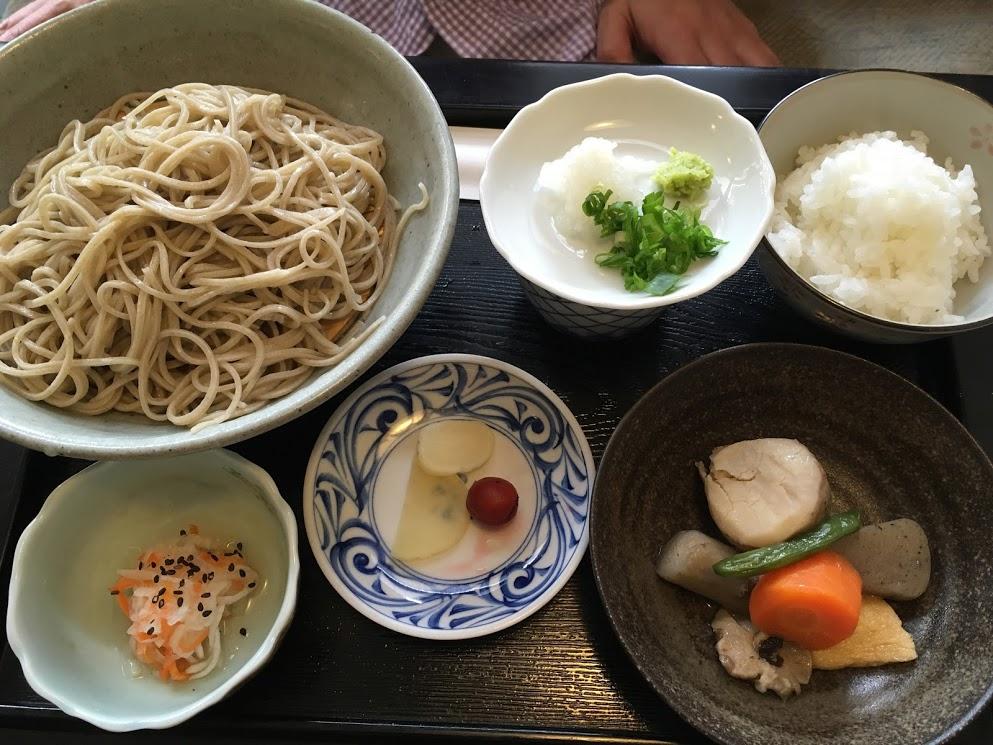 徳島八雲庵のそば定食